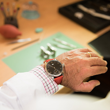 Become a watchmaker for a day